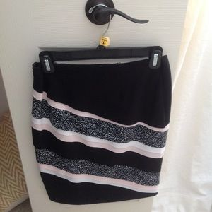 Petite Black pink and white skirt